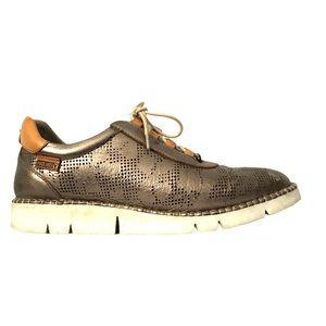 - Pikolinos Metallic Gold Sneaker  EU38